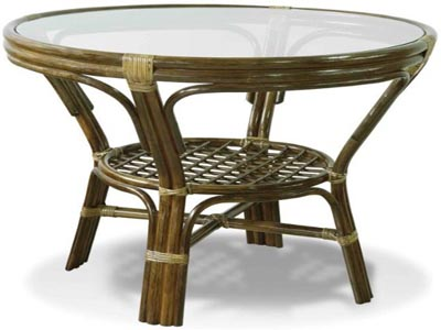 стол из ротанга