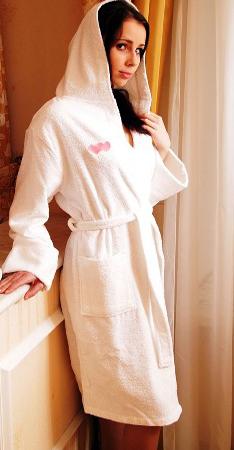 махровый халат с именной вышивкой