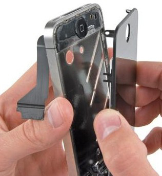 поменять стекло на iPhone 5