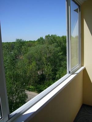 стоимость остекления балкона алюминиевым профилем