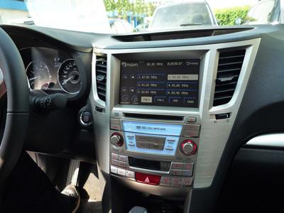 штатная магнитола Subaru