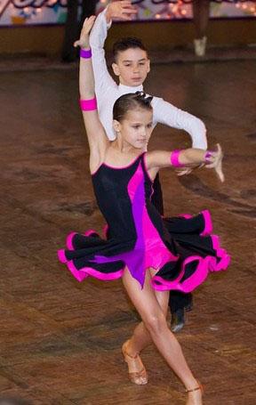 спортивные бальные танцы в Viva La Danza