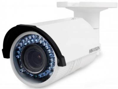 IP-камера DS-2CD2622FWD-IZS
