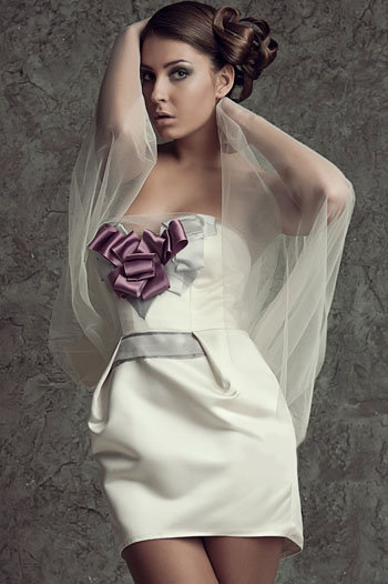 дизайнерское платье ньюд