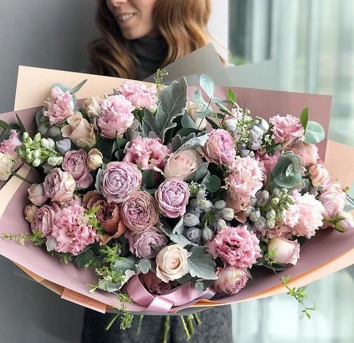 Заказать доставку цветов в Днепре